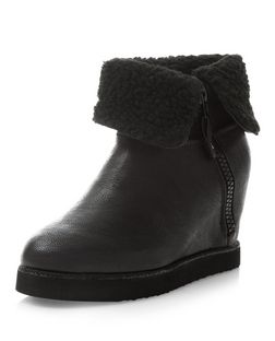 Black Faux Fur Cuff Ankle Boots | New Look