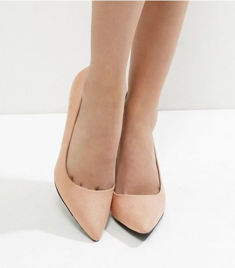 Light Brown Pointed Mid Heel Court Shoes | New Look