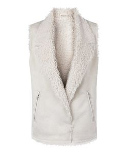 Teens Cream Faux Shearling Lined Trim Gilet  | New Look