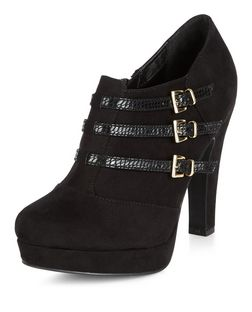 Black Comfort Triple Buckle Strap Shoe Boots | New Look