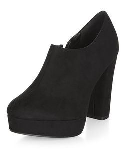 Black Block Heel Chelsea Shoe Boots  | New Look