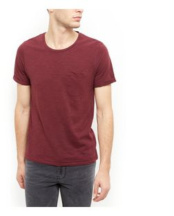 Produkt Burgundy Single Pocket T-Shirt  | New Look