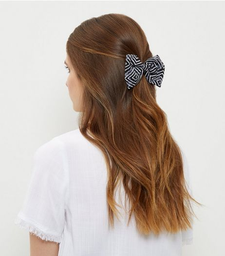 Black Geo Stripe Print Bow Hair Clip | New Look