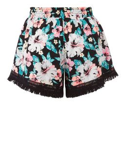 Black Tropical Print Fringed Shorts | New Look