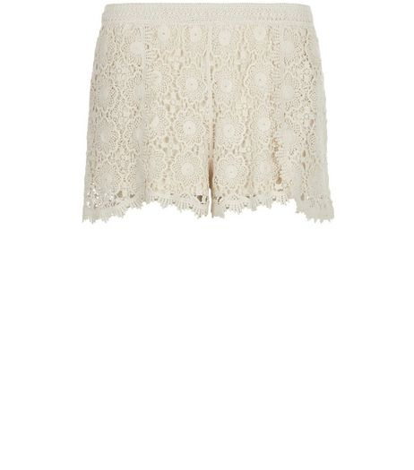 Cream Crochet Shorts  | New Look