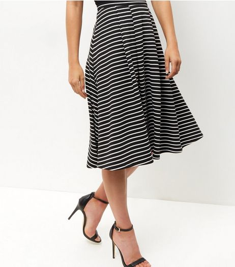 Black Stripe Balloon Midi Skirt  | New Look