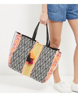Aztec Tassel Trim Bag - New Look