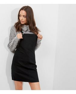 Black Denim Dungaree Pinafore Dress | New Look