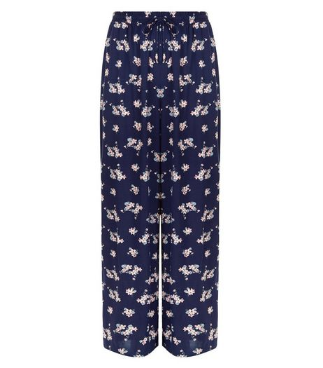 Curves Blue Floral Print Wide Leg Trousers | New Look