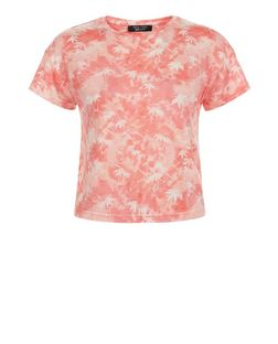 Teens Pink Palm Tree Tie Dye Print T-Shirt | New Look
