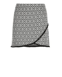 Petite Black Tile Print Jacquard Skirt | New Look