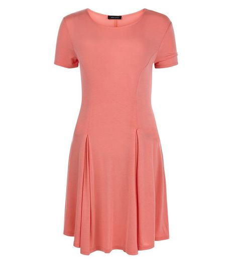 Coral Cap Sleeve Swing Dress | New Look