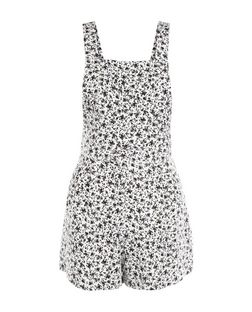Petite White Ditsy Floral Playsuit | New Look