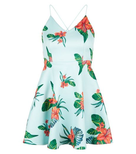 Petite Green Tropical Print Skater Dress | New Look