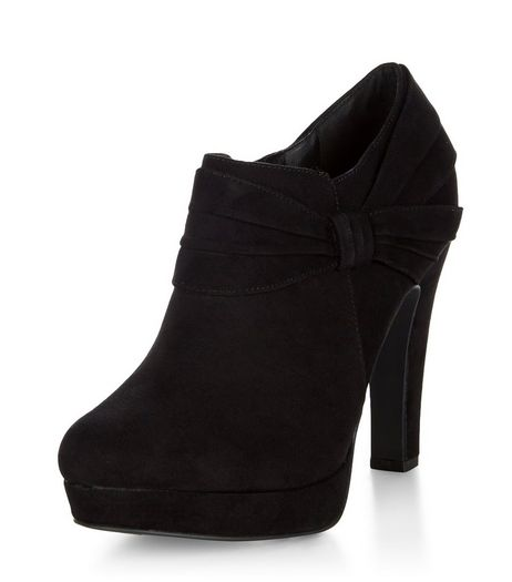 Black Comfort Suedette Bow Side Shoe Boots  | New Look