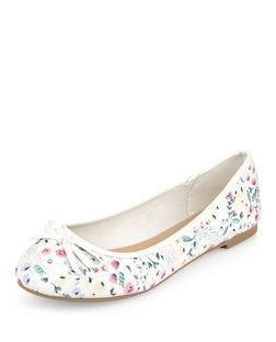 Wide Fit Pink Floral Print Canvas Ballet Pumps | New Look