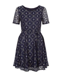 Mela Navy Floral Print Lace Dress | New Look