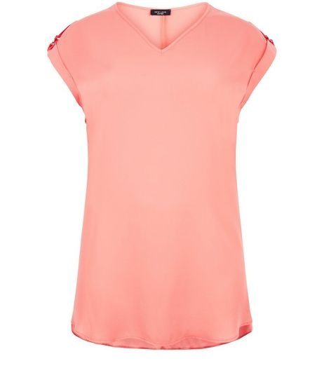 Curves Coral V Neck T-Shirt | New Look