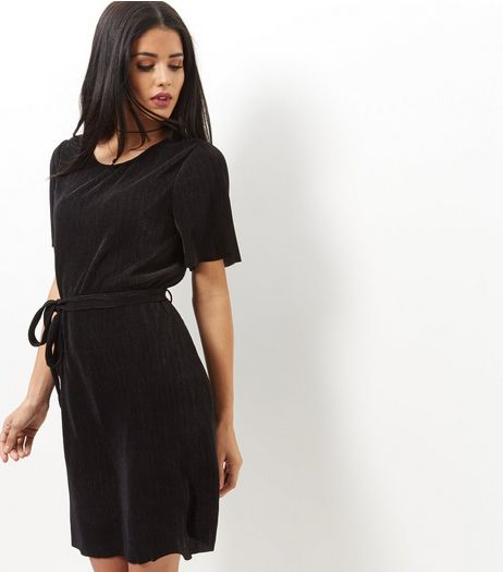 Black Pleated Tie Waist Tunic Dress  | New Look