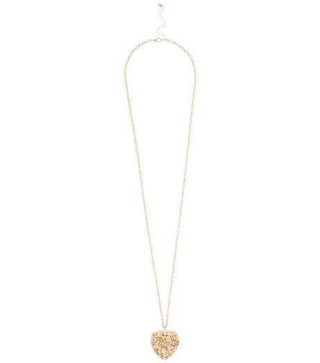 Gold Cut Out Heart Necklace | New Look