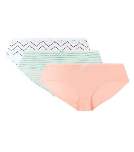 Teens 3 Pack White Green and Pink Briefs | New Look