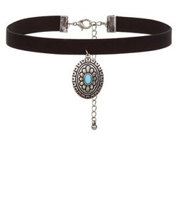 Black Engraved Disc Choker | New Look