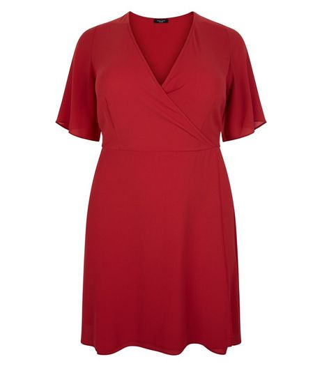 Curves Burgundy Wide Sleeve Wrap Dress | New Look