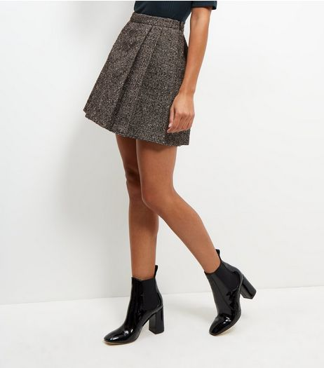 Black Flecked Pleated Mini Skirt  | New Look