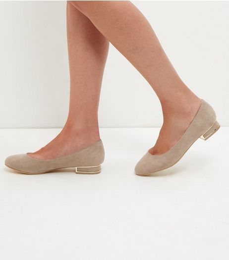 Light Brown Block Heel Pumps | New Look