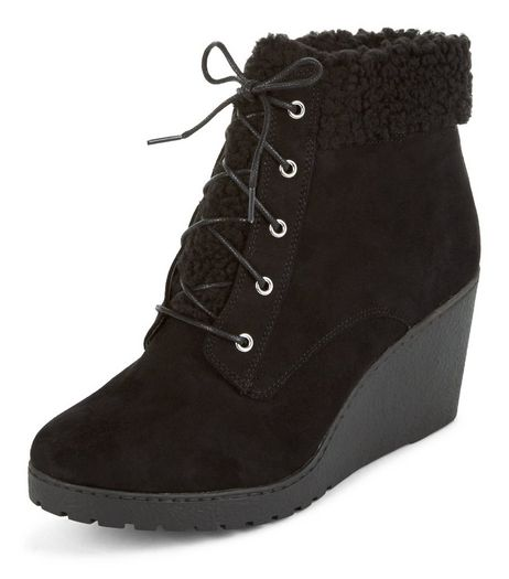 Teens Black Faux Shearling Wedge Ankle Boots | New Look