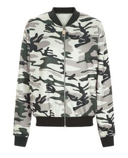 Cameo Rose Green Camo Print Bomber Jacket | New Look
