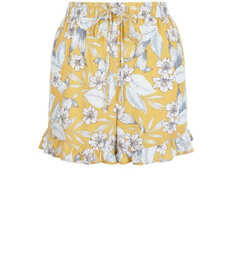 Tall Yellow Tropical Print Frill Shorts | New Look