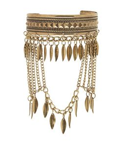 Gold Leaf Drape Arm Cuff | New Look