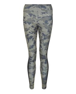 Teens Green Camo Print Side Stripe Leggings | New Look