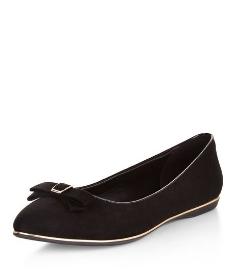 Teens Black Metal Trim Pointed Pumps | New Look