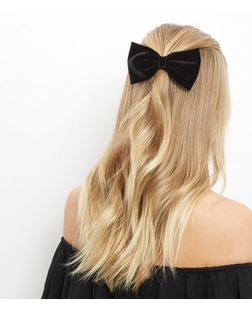 Black Velvet Bow Hair Clip | New Look
