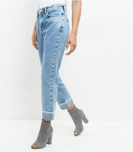 Pale Blue Turn Up Straight Leg Jeans  | New Look