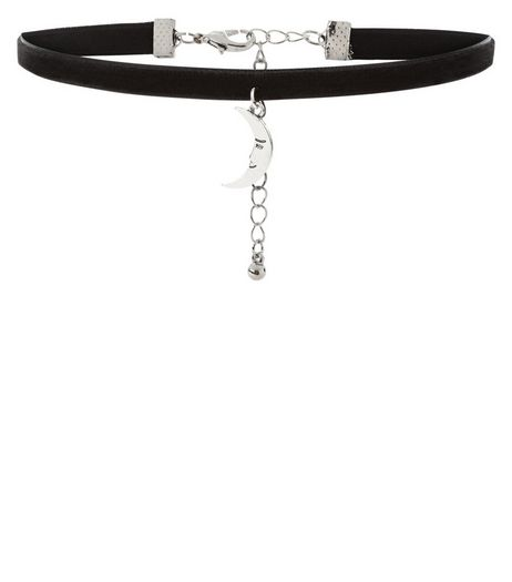 Black Moon Charm Choker | New Look