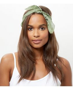 Light Green Paisley Print Silk Bandana | New Look