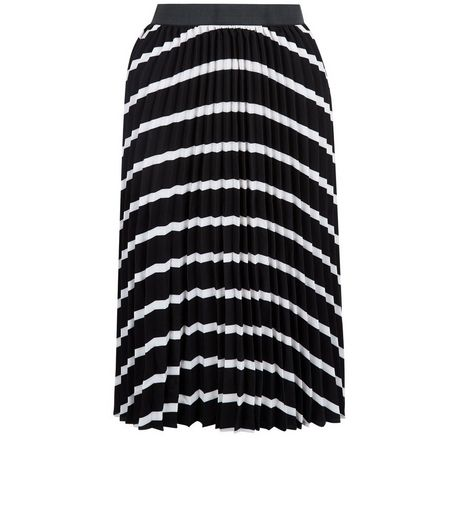 Petite Black Stripe Pleated Skirt | New Look