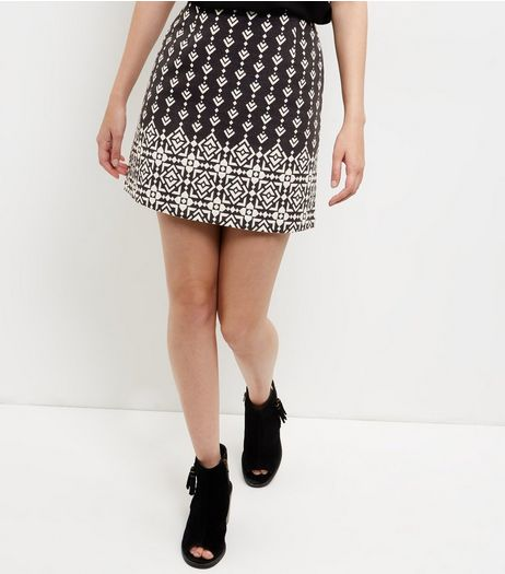 Black Jacquard Tile Print A-Line Skirt  | New Look