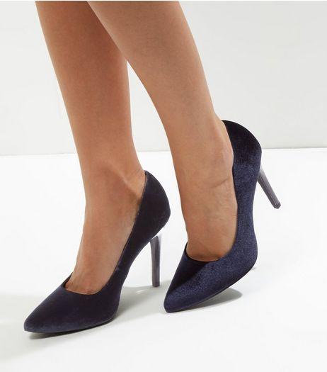 Wide Fit Navy Velvet Pointed Court Shoes | New Look