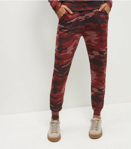 Burgundy Camo Lightweight Joggers | New Look