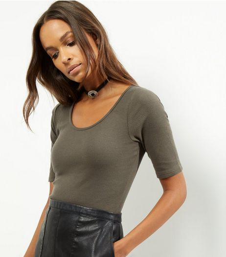 Olive Green Scoop Neck 1/2 Sleeve Bodysuit  | New Look
