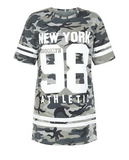 Cameo Rose Green Camo 98 Print T-Shirt | New Look
