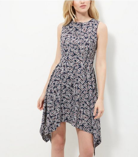 Mela Navy Daisy Print Hanky Hem Dress  | New Look
