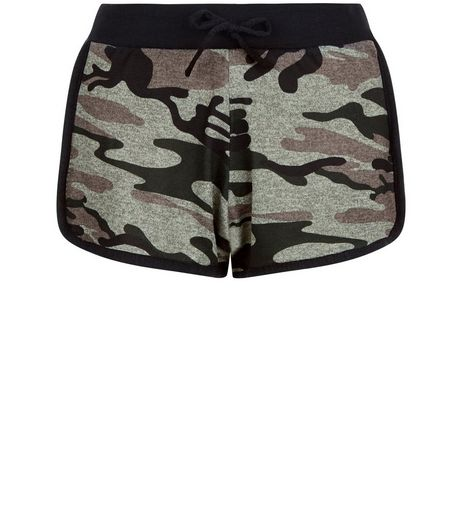 Cameo Rose Green Camo Print Shorts | New Look