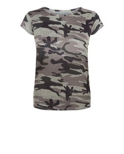 Cameo Rose Green Camo Print T-Shirt | New Look
