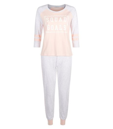 Teens Mid Pink Squad Goals Pyjama Set | New Look