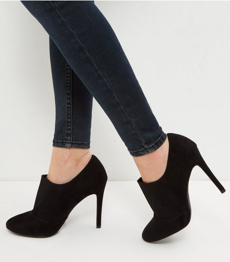 Black Suedette Shoe Boots  | New Look